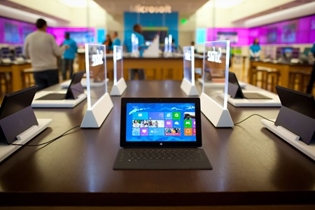 News in China: Nokia 909, Surface Pro 256GB, Microsoft Store in Shanghai